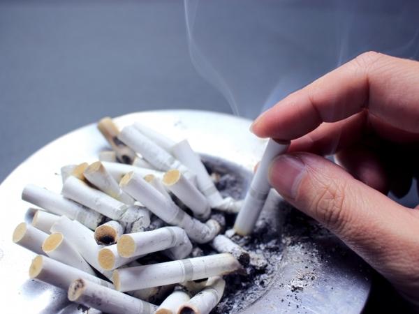 タバコの匂いは嘘をつきませんサムネイル